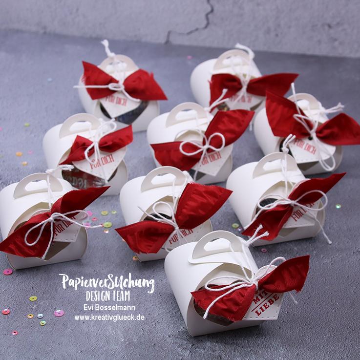 Süße Verpackung mit der Mini-Zierschachtel