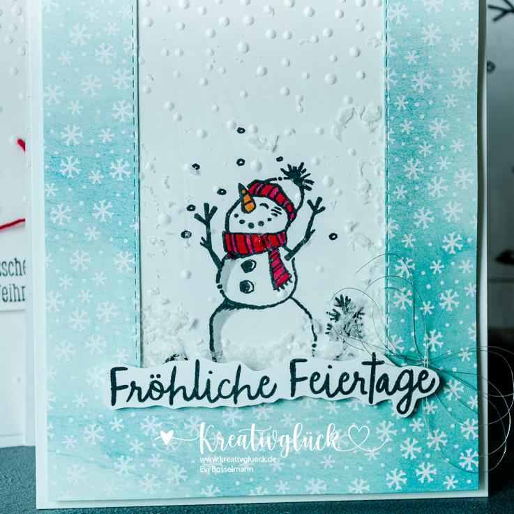 Fröhliche Weihnachtsgrüße vom Schneehasen und Schneemann